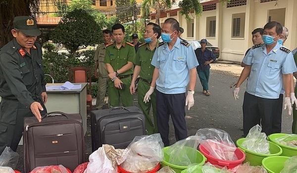 Lực lượng hải quan bắt giữ 1.303 vụ việc vi phạm trong tháng 7 - Hình 1