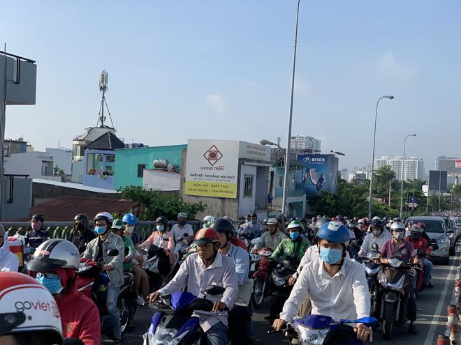 Xây thêm cầu nối quận 7 và quận 4,giải bài toán kẹt xe khu Nam Sài Gòn - 1