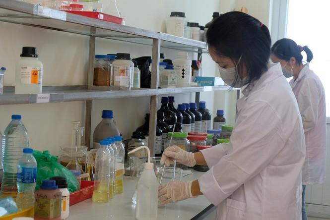 Binh chủng Hóa học lên phương án tiêu độc nhà kho Rạng Đông - ảnh 1