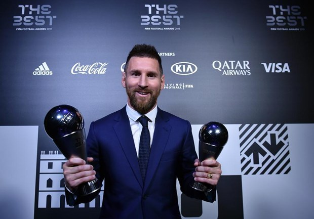 Messi lan thu 6 gianh giai thuong Cau thu xuat sac nhat nam cua FIFA hinh anh 1