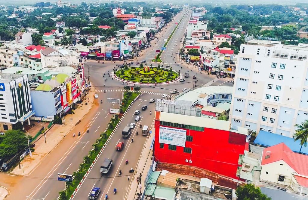 9 tháng đầu năm 2019, Bình Phước là địa phương đi đầu trong áp dụng đấu thầu qua mạng, với tỷ lệ đấu thầu qua mạng đạt 58,8% tổng số gói thầu. Ảnh: NC st