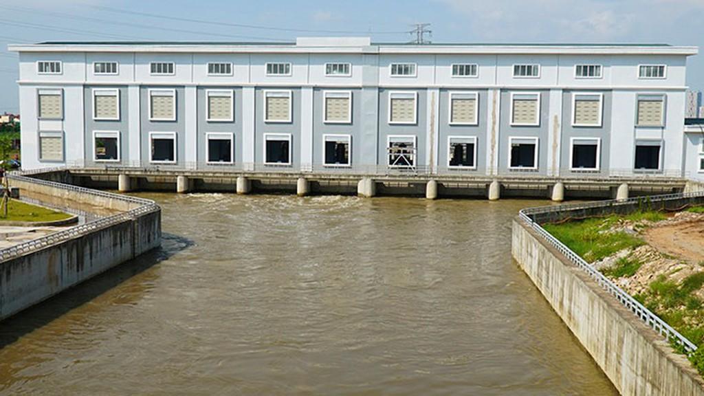 Dự án Cải thiện hệ thống tiêu nước khu vực phía Tây TP. Hà Nội (trạm bơm tiêu Yên Nghĩa) có tổng mức đầu tư hơn 4.700 tỷ đồng. Ảnh: Trọng Trinh