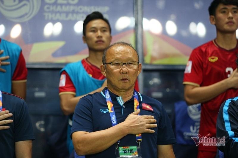 Bóng đá Việt Nam đầu năm kém vui: Trách thầy Park là... phi lý!