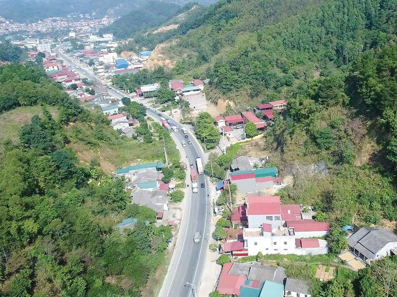 Đoạn Quốc lộ 1 qua Lạng Sơn đã mãn tải từ lâu, rất cần có đường cao tốc để giảm tải.