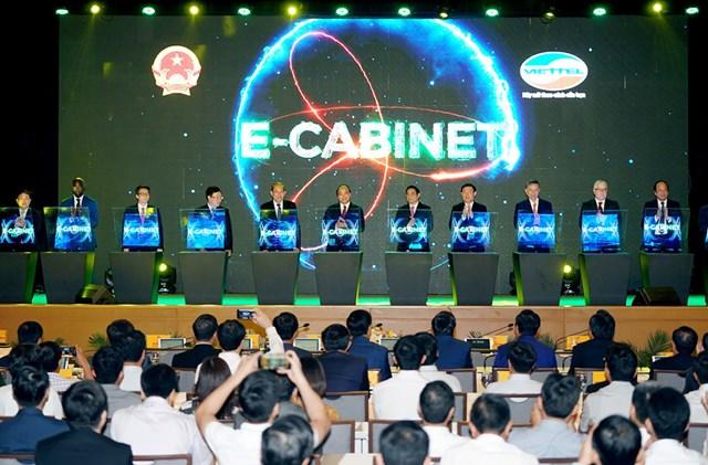 Giải pháp e-Cabinet (Hệ thống thông tin phục vụ họp và xử lý công việc của Chính phủ)được coi là một trong những hành động khởi đầu xây dựng Chính phủ số. Nguồn ảnh: Viettel