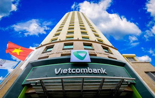 Vietcombank bổ sung tờ trình ĐHĐCĐ 2020: Để ngỏ kế hoạch lợi nhuận, dự kiến tuyển thêm 2.200 nhân viên  - Ảnh 1.