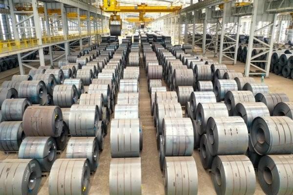 Sản lượng bán hàng thép Hòa Phát đạt 439.000 tấn trong tháng 2 - Ảnh 1