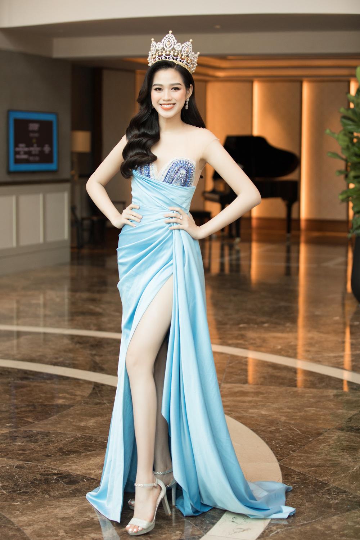 Đỗ Thị Hà nổi bật giữa dàn Hoa hậu tại họp báo Miss World Vietnam 2021 - Ảnh 2.