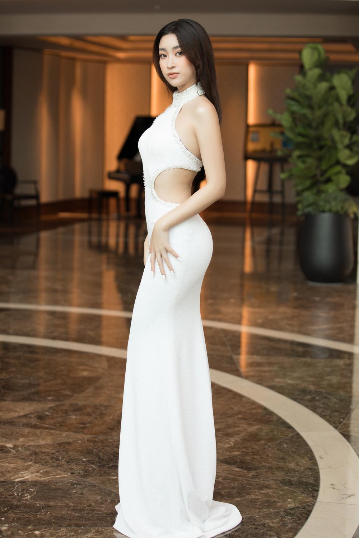 Đỗ Thị Hà nổi bật giữa dàn Hoa hậu tại họp báo Miss World Vietnam 2021 - Ảnh 5.