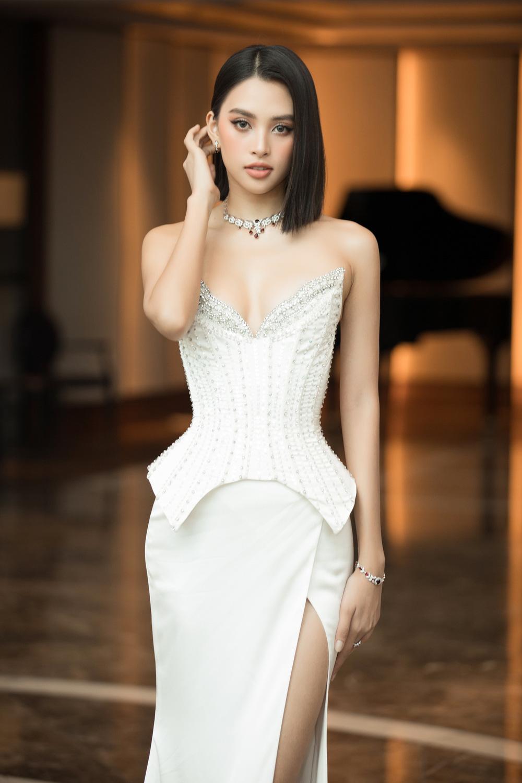 Đỗ Thị Hà nổi bật giữa dàn Hoa hậu tại họp báo Miss World Vietnam 2021 - Ảnh 8.