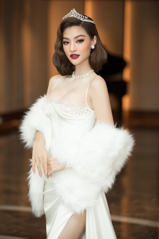 Đỗ Thị Hà nổi bật giữa dàn Hoa hậu tại họp báo Miss World Vietnam 2021 - Ảnh 10.