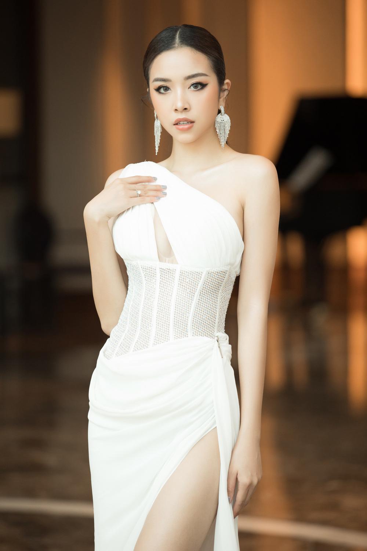 Đỗ Thị Hà nổi bật giữa dàn Hoa hậu tại họp báo Miss World Vietnam 2021 - Ảnh 13.