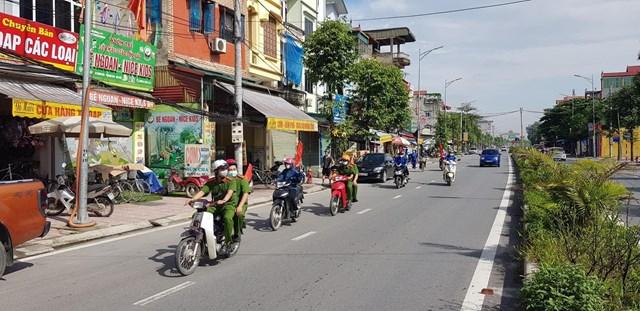 Công an huyện Thanh Oai cùng đoàn thể tổ chức tuyên truyền lưu động trên toàn huyện
