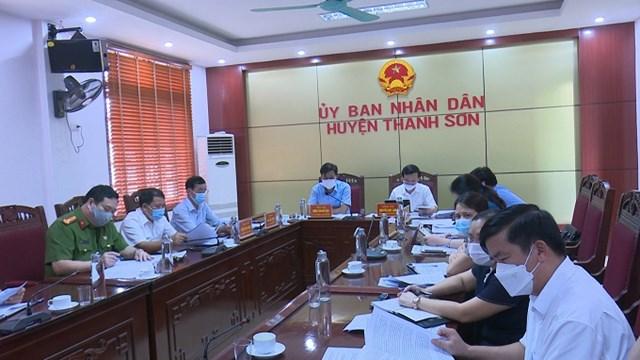 Huyện Thanh Sơn triển khai nghiêm túc hội nghị trực tuyến toàn quốc về công phòng chống dịch Covid-19.