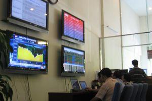 Đánh giá thị trường chứng khoán ngày 18/12: VN-Index có thể sẽ kiểm định ngưỡng hỗ trợ gần nhất quanh 1.045 điểm