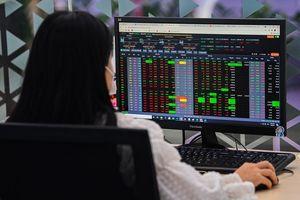 Đánh giá thị trường chứng khoán ngày 8/9: VN-Index có thể hồi phục trở lại nếu như vùng hỗ trợ trong khoảng 1.335-1.340 điểm được giữ vững