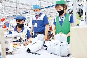 Tập trung khôi phục, hỗ trợ thị trường lao động sau dịch COVID-19