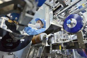 Sản xuất công nghiệp tiếp tục ghi nhận tăng trưởng