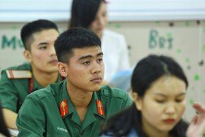 Nhiều trường quân đội không tuyển thí sinh bị cận thị