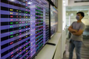 Đánh giá thị trường chứng khoán ngày 8/12: VN-Index có thể sẽ điều chỉnh trở lại trước áp lực chốt lời quanh ngưỡng kháng cự 1030 điểm
