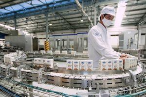 Vinamilk ký hợp đồng xuất khẩu sữa hạt và trà sữa trị giá 1,2 triệu USD sang Hàn Quốc