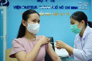 Bộ Y tế đề nghị TP.HCM tiêm chủng cho tất cả các trường hợp từ 18 tuổi trở lên