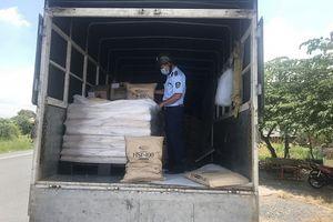 Tiền Giang: Phát hiện 5 tấn đường nhập khẩu không có nhãn phụ tại thị xã Gò Công