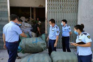 Thái Bình: Tạm giữ 800kg hàng dệt may đã qua sử dụng
