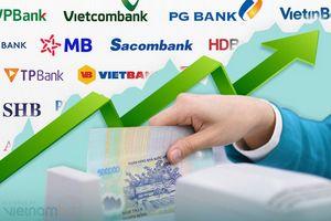 Lợi nhuận ngân hàng giảm tốc trong quý III, yếu tố nào là trụ đỡ cho những tháng cuối năm?