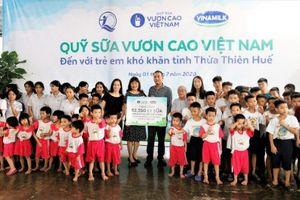 'Để mọi trẻ em được uống sữa mỗi ngày' và hành trình xuyên mùa dịch của Quỹ sữa Vươn cao Việt Nam thứ 13