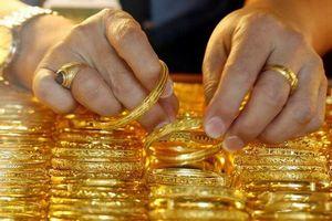 Giá vàng hôm nay 8/6: Giá vàng trên đà suy yếu khi tiếp tục giảm