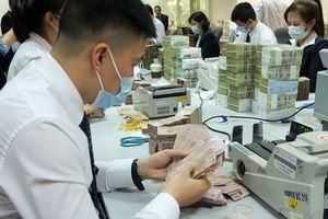 Ngân hàng bắt đầu cắt giảm lương, thưởng vì dịch COVID-19