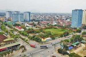Nghệ An: Đất vàng 'quây tôn' giữa trung tâm thành phố