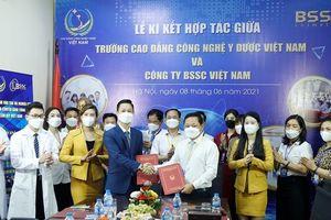 Trường Cao đẳng công nghệ y dược Việt Nam kí kết thỏa thuận hợp tác cùng Công ty BSSC Việt Nam