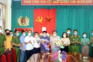 Hà Tĩnh: Thưởng nóng vụ bắt đối tượng vận chuyển 31kg ma túy