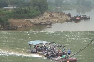 Tuyên Quang: Sông Lô quằn quại, bãi tập kết lấn sông vẫn ngang nhiên hoạt động?