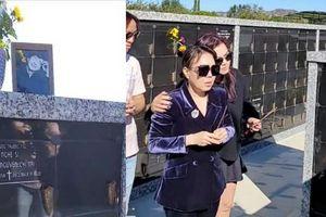 Vợ chồng Việt Hương 'đến thăm' Chí Tài ở Mỹ