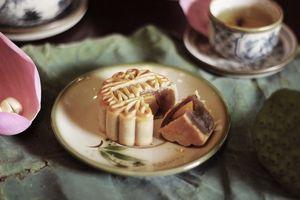 Bánh trung thu tươi Almaz gói trọn tinh hoa ẩm thực Hà thành