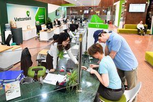 Từ kết quả kinh doanh của Vietcombank, 'bắt mạch' sức khoẻ và triển vọng của toàn ngành ngân hàng