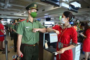 Gần 1.000 cán bộ, chiến sĩ Công an Nhân dân hỗ trợ các tỉnh phía Nam chống dịch