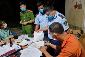 "Giai Lai: Thu giữ 2.000 bao thuốc lậu vận chuyển bằng ""xe luồng xanh"""