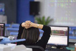 Đánh giá thị trường chứng khoán ngày 1/6: VN-Index có thể hướng về ngưỡng 1350 vào những phiên giao dịch tiếp theo
