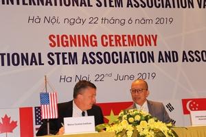 Hợp tác phát triển chương trình đào tạo STEM, hướng đi mới trong ngành giáo dục