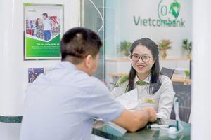 Đọ lương nhóm Big4 ngân hàng: Lương nhân viên Vietcombank 'ăn đứt' các ngân hàng còn lại