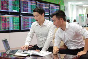Đánh giá thị trường chứng khoán ngày 10/9: VN-Index có thể hướng đến mốc 1.350 điểm