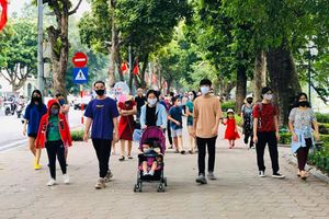 Nguy cơ dịch trở lại trong cộng đồng, Hà Nội yêu cầu không tụ tập quá 10 người nơi công cộng để phòng dịch