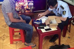 Đắk Lắk: Phát hiện nhiều cửa hàng bán điện thoại di động không rõ nguồn gốc