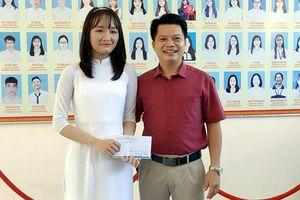 Nữ sinh Hà Tĩnh là thủ khoa kỳ thi tốt nghiệp THPT 2021 đạt 30/30 điểm