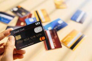 Ngân hàng Việt khó được giảm phí thẻ quốc tế
