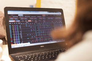 Đánh giá thị trường chứng khoán ngày 18/5: VN-Index có thể sẽ giằng co tại khu vực 1250-1280 trong những phiên tới
